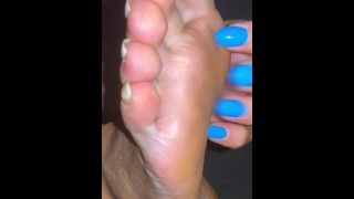 SELF TICKLE MILF LONG NAILS ! nails sound scratching soft soles
