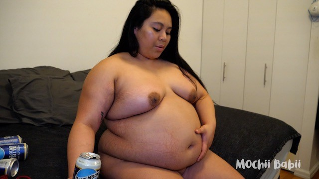 Vickie guerreo nude photos Boozy belly babii - nude chugging