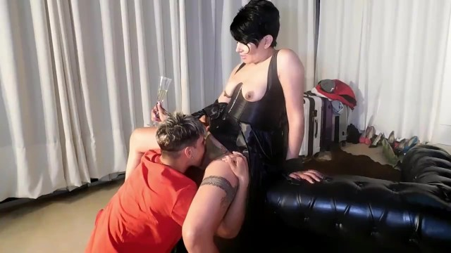 Spectacular deepthroat video Spectacular the mother when a male fails her lied to son to calm her nymmania