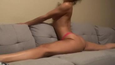 Flexible Slim Thick Petite Brunette Mixed Babe Twerks in a Split