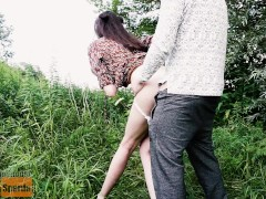 Tall girl fucked in the park. Blowjob from a tall lady. Tall girl and short guy sex