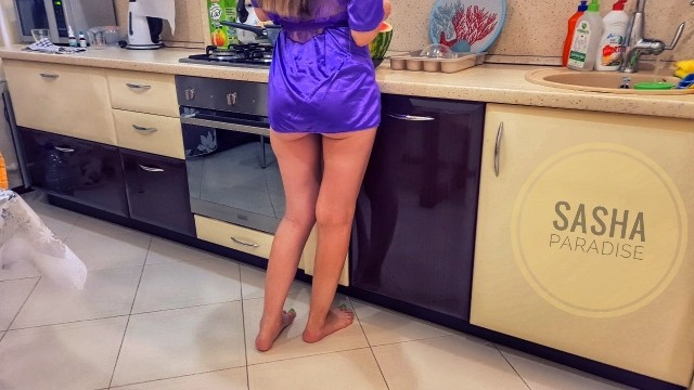 Exhibitionist paradise com amateurs amateur html I fucked my friends ex-girlfriend in the kitchen