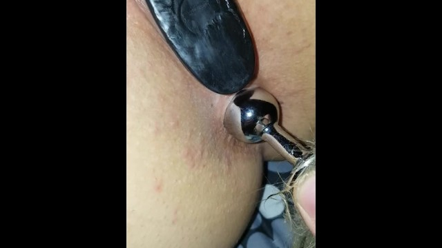 Anal stetching Playing with small tail plug, look at her ass stretching in hi def closeup