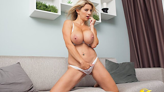 Bbw Big Tits Yellowbone