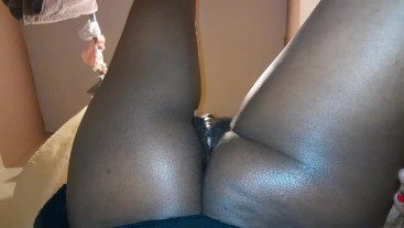 TOUCHING MY PHAT BLACK WET PUSSY BEFORE MY DAUGHTER  GETS HOME(YES I HAVE SOME GOOD PUSSY)