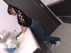 無修正 ゆうき美羽 台所で好き勝手に調理されるデカパイちゃん パート1