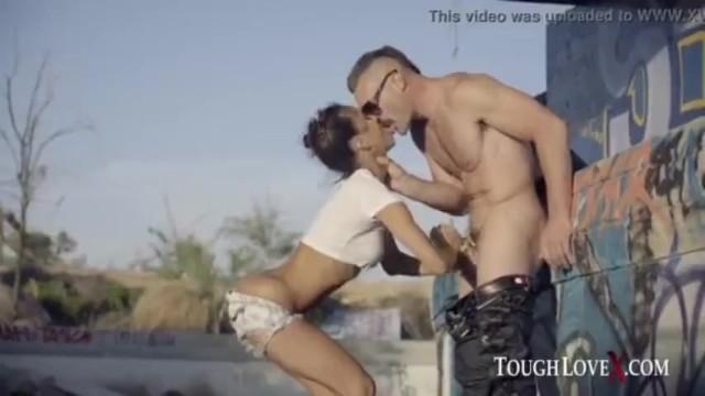TOUGHLOVEX Latina Abby Brazil baisée à fond 10 min 1080p ToughLoveXCharles 20