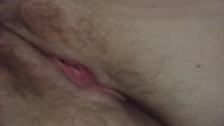 Hairy pussy queef / pussy fart