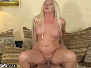 21Sextreme Hot Young GILF Entertains The Boy Next Door With Her Pussy