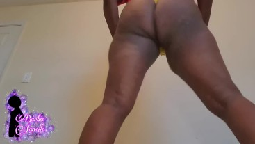 Yellow Thong Twerk