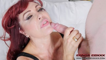 Sexy Vanessa - A Nice Surprise For The IT Guy - Hardcore MILF Fuck
