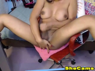 Hot shemale jerking on live show...