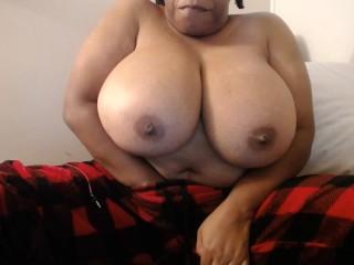 Big titty masturbation bbw...