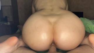 Screen Capture of Video Titled: ТРАХНУЛ СУЧКУ