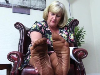 Nasty foot fetish you to smell her stocking...