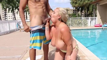 Big Booty Bikini Mom Gets Fucked Out By The Pool