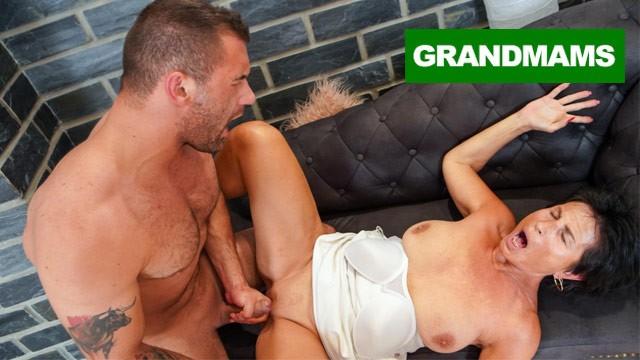 Nude mature classy women Classy granny likes it rough
