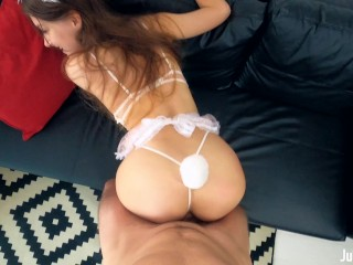 Stunning Babe Takes A Huge Load In Her Teen Pussy – 4K POV