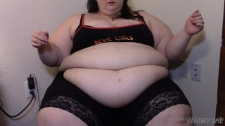 Super Fat SSBBW Belly Play