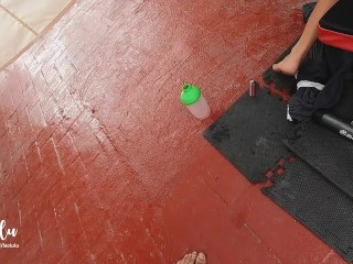 Nasty Post Workout Fuck w Deepthroat, Squirt and intense Orgasm! – Amateur LeoLulu
