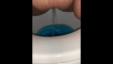 Quick toilet pee