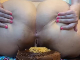 Pawg ass clap and chocolate cake smash...
