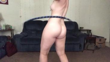 Curvy Girl Hula Hoop Dance