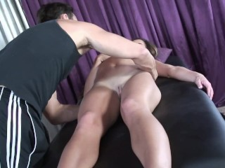 Deepthroating by the massage therapist...
