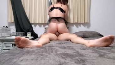 Trans Girl Gets Fucked Bareback and Takes Huge Load