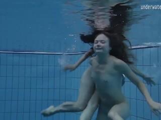 Clara Umora and Bajankina horny underwater lesbians