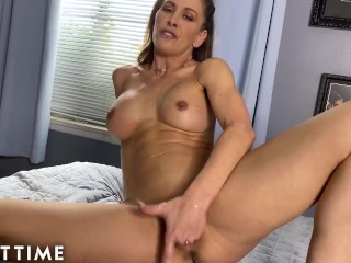 JOI Mom – Can't Stop Watching Hot Stepmom Cherie DeVille