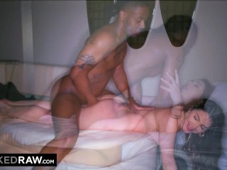 BLACKEDRAW Sexy brunette has an appetite for BBC tonight