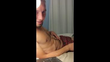 GIRTHYYYYGARYYY Late Night Cumming On Himself Before Bed!!