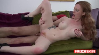 Clip redhead housewife bored in front of tv, needs her wet pink cunt fucked and a huge creampie