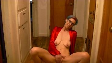 Stiletto masturbation and pissing