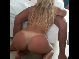 Summer vacation with perfect blonde reverse cowgirl blowjob...