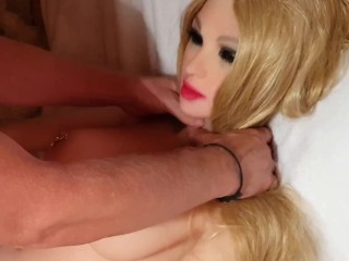 QUICK NAKED FUCK AND SLOPPY CUMSHOT WITH MY SEXY SLUTTY SEXDOLL