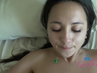 Mi Ha Doan Wants You to Cum Inside Her