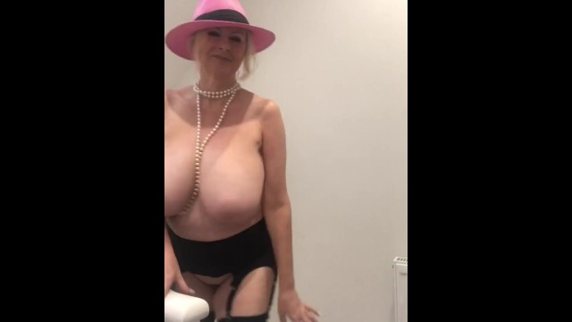 Amateur;Big Ass;Big Tits;Fetish;Vintage;Exclusive;Verified Models;Vertical Video private-dance, hat-time, pearl-necklace, topless-blonde, striptease, lace-bra, 34h-boobs, 34h-all-natural, onlyfans, camshows, dirty-talking-wife, no-audio, retro-lingerie, big-panties, curvy-busty-blonde, youtuber