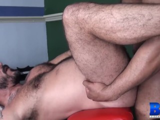 Breedmeraw pounding with and alessio romero...