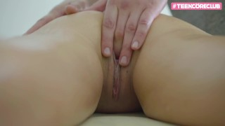 HOT AND SEXY TEEN GIRL FUCK AFTER MASSAGE -18YO