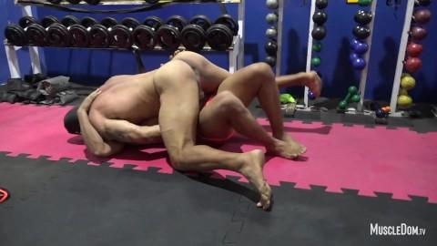 Wrestling sex gay Ucw, Gay