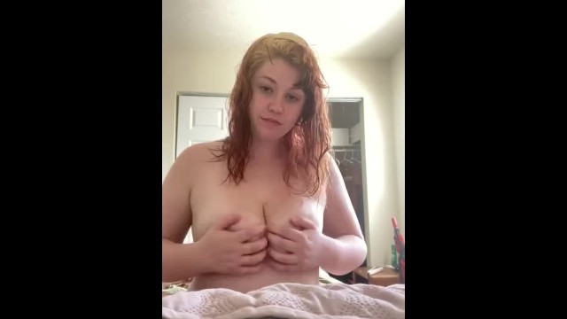 BBW plays and sucks her own tits! 34