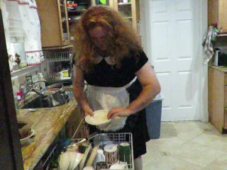 Sissy slave does dishes per mistress victorias order...