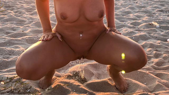 Peeing nude girl 4 Girls