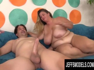 Well Endowed Plumper Hayley Jane Gorges Herself on a Long Meat Stick