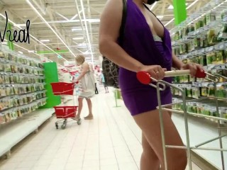 flashing in public store Exhibitionist Wife