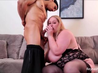 Pounds my pussy blowjob...