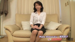 Real Japanese Granny Squirting - JapanLust
