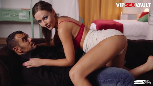PornDoePedia - Tina Kay Perfect Body British Babe Dirty Talking For Her Lover 15